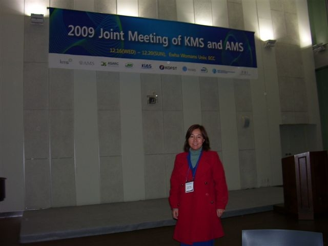 Dr. Youyu Phillips at the First Joint Meeting of KMS (Korean Mathematical Society) and AMS (American Mathematical Society).: